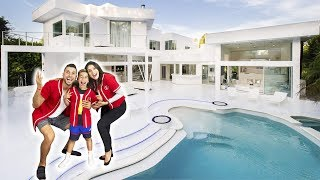 THE ROYALTY FAMILY OFFICIAL HOUSE TOUR!!! | The Royalty Family Video