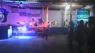 Dj Gury en Car wash Osy en concierto