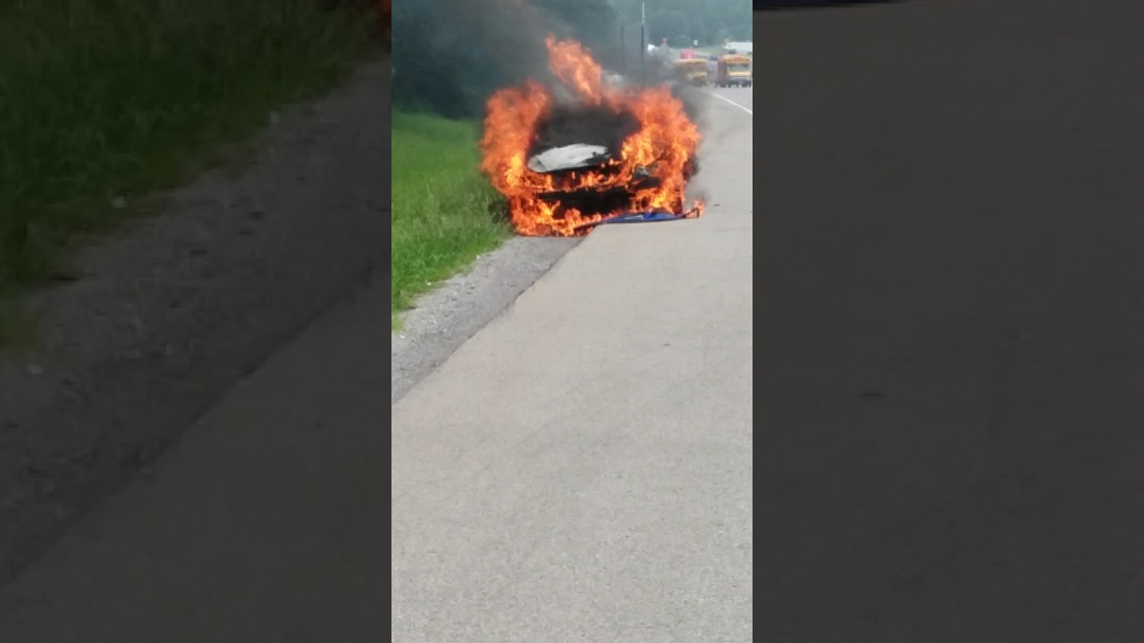 2017 Kia Optima Catches On Fire It Only Had 30 000 Miles