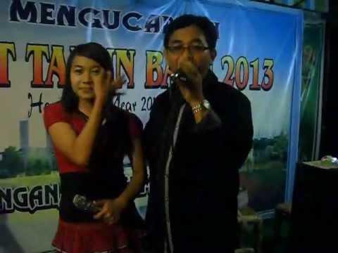 Mirip Rhoma Irama dan Rita Sugiarto Duet - KANDUNGAN Live di Lesehan Nirwana Bambu - TULUNGAGUNG.mp4