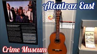 1344 Charles Manson's Guitar, Scarface's Little Friend & Gacy's Clown Suits - ALCATRAZ EAST (8/3/20)