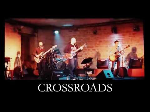 Teaser du groupe Crossroads