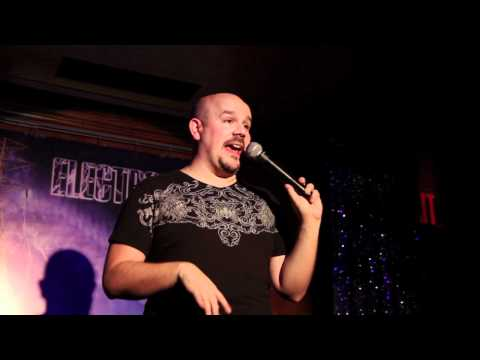 Brad Loekle On Drunk Straight Girls At Electro Shock Therapy Comedy Hour