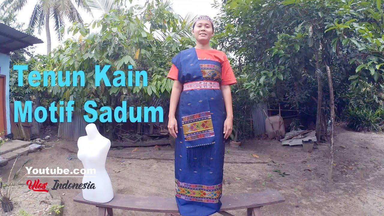 Model Baju Ulos Batak Tenun Motif Sadum