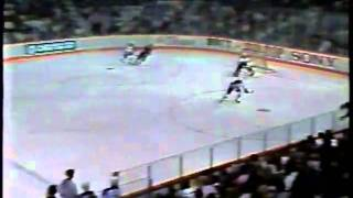 wayne gretzky beats gordie howe s points record local edmonton tv coverage part 1