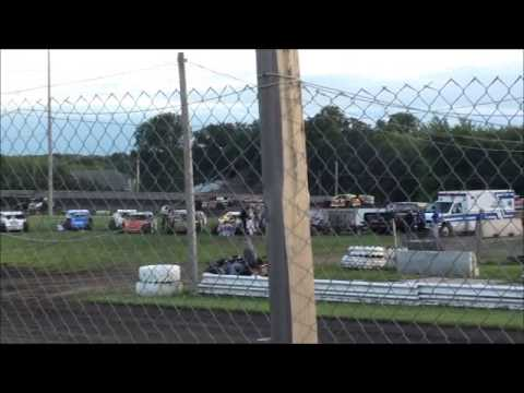 Algona Raceway Clint Luellen Sportmod Heat 7-1-14