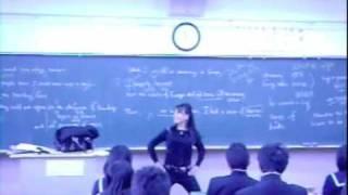 """Single Ladies"" in a Japanese High School"