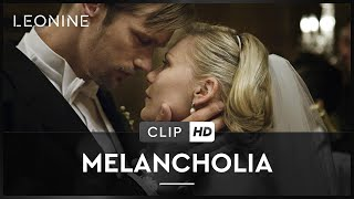 Melancholia - Justine sonnt sich im Mondlicht (Clip 9)