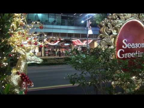 Orchard Road Christmas Light Up (Dec - Singapore)