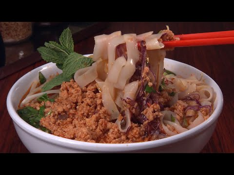 Noodles Pho Me: Check, Please! Bay Area Review