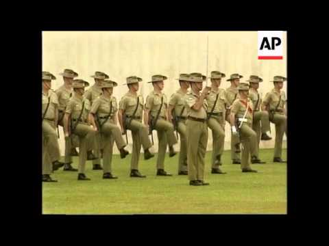 FRANCE: GOVERNMENT PAYS TRIBUTE TO WWI ANZACS