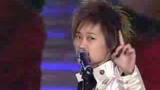 Chris Lee Li yuchun李宇春-我的心里只有你没有他(台北巨蛋)