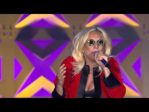 "Lady Gaga Covering 4 Non Blondes' ""What's Up"""
