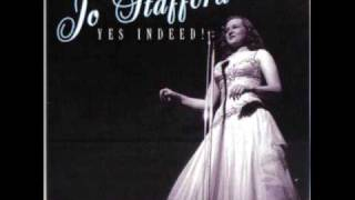 "Jo Stafford - ""The Best Things in Life are Free"" (1947)"