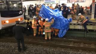 2017/1/22 JR武蔵野線 南浦和駅での人身事故 救助活動の一部始終 thumbnail