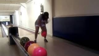 A Dancing Mary bowling Thumbnail