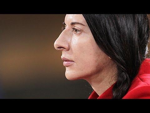 Marina Abramovic: The Artist Is Present - Trailer 1 - Englisch, Deutch UT