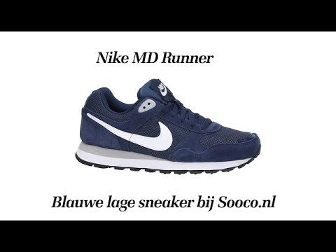 f6119c2682f Nike MD RUNNER blauwe lage sneakers - YouTube