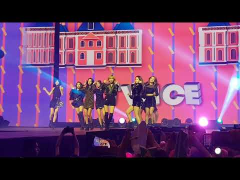 TWICE - Knock Knock (Music Bank Chile 2018)