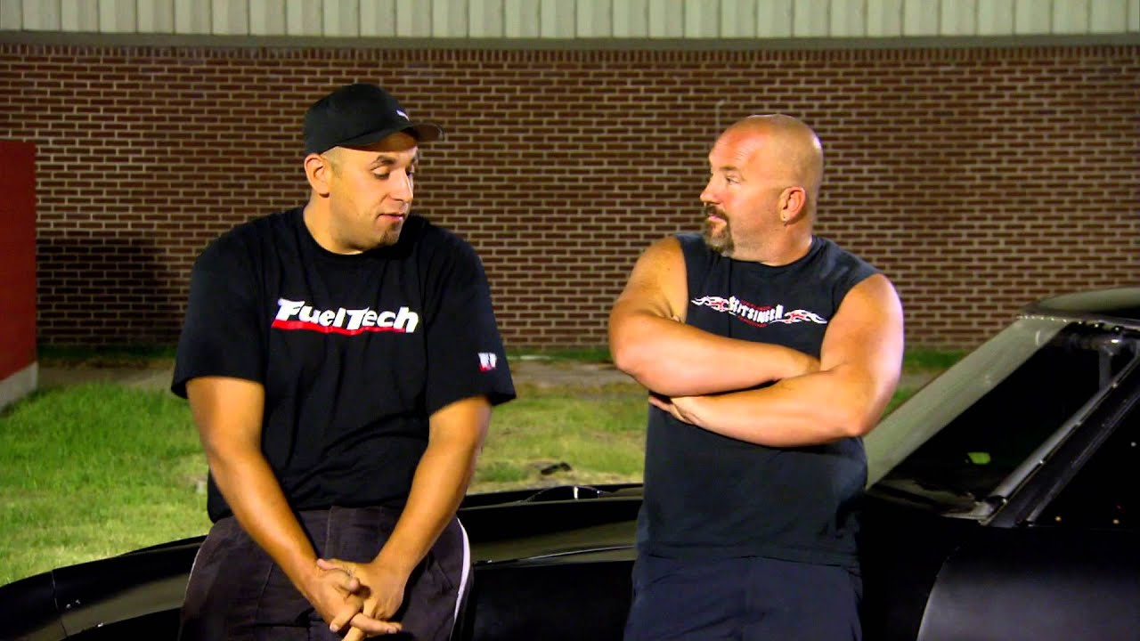 Street Outlaws Deleted Scene - Chuck and Chief Fight - YouTube