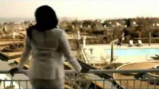 Смотреть клип Waje - For A Minute