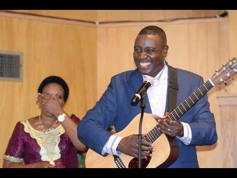 Dr. Apostle Paul Gitwaza Aririmbira Imana - Abilene, Texas 2018 [LIVE]