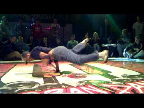 Semifinals Breakdance 2 - URBAN DANCE Funk Stylez Session 20.11.2010 Budapest, Hungary