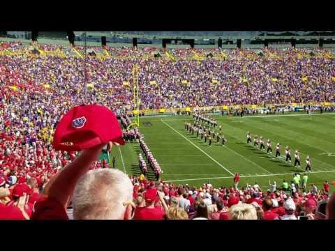 Badger Band takes Lambeau Field