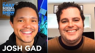 Josh Gad - Bringing Joy to a Quarantined World | The Daily Social Distancing Show