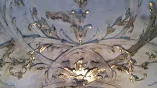 Экстремально состаренная лепнина из гипса в интерьере(Лепной декор и штукатурка в процессе искусственного старения в интерьере. Многослойные слои штукатурки..., 2014-10-06T19:55:05.000Z)