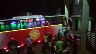 Mass entry in Oneness travels with Royal mech at st marys college palakkad thumbnail