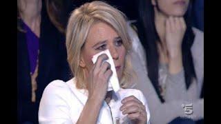 Nuova puntata del popolare people show di Canale 5 C'è Posta per Te...