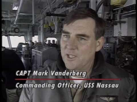 NAVY MARINE CORPS NEWS PROGRAM 449 09 DEC 1994 941209 O