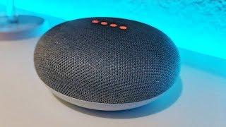 Review del Google Home Mini en Español - Mejor que Alexa (¡mucho mejor!)