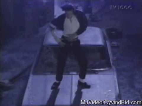 Download Michael Jackson-Panther dance