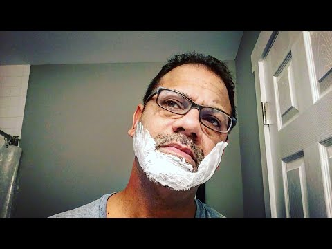 3-minutes-—-one-blade-|-shaving-with-my-favorite-razor-from-philips-norelco