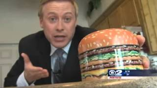 Repeat youtube video Man Keeps 14 Year-old Hamburger