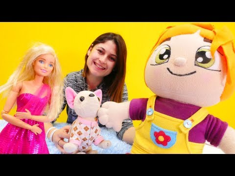 Ayşe Lili'ye yeni oyuncak alıyor! Barbie oyunu