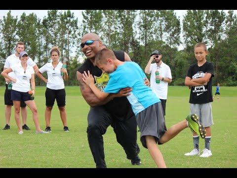 [Keiser University Students] Donovin Darius Youth Tackling Camp