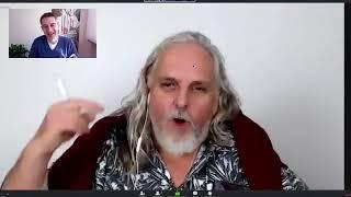 Ernst Crameri interviewt Eric Promm (hinter den Kulissen)
