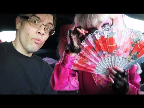 My Date With Angelyne !!! Hollywood Billboard Queen