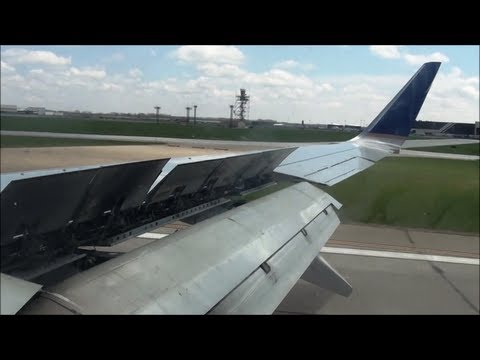 Continental 737-800 Smooth Landing in Cleveland (KCLE) *HD*