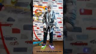 видео обзор Демисезонная куртка для мальчика Пазлы