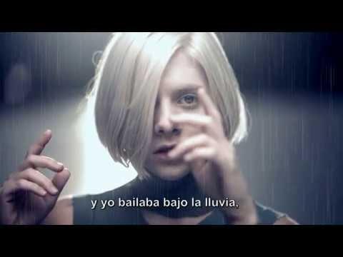 AURORA ~ Runaway( Subtitulos en Español)
