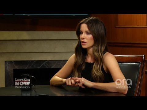 Kate Beckinsale opens up about her father's death | Larry King Now | Ora.TV
