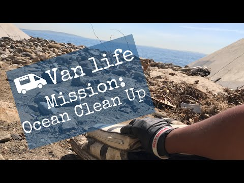 Humanitarian Van Life: Cleaning up beaches for FREE