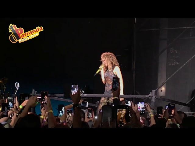 Shakira cantando en Hard Rock Hotel & Casino de Punta Cana