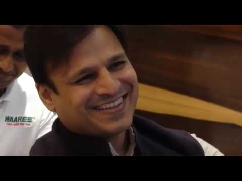 VIVEK OBEROI LAUNCH ONE STOP SOLAR SOLUTIONS HARSHOK ENERGIES
