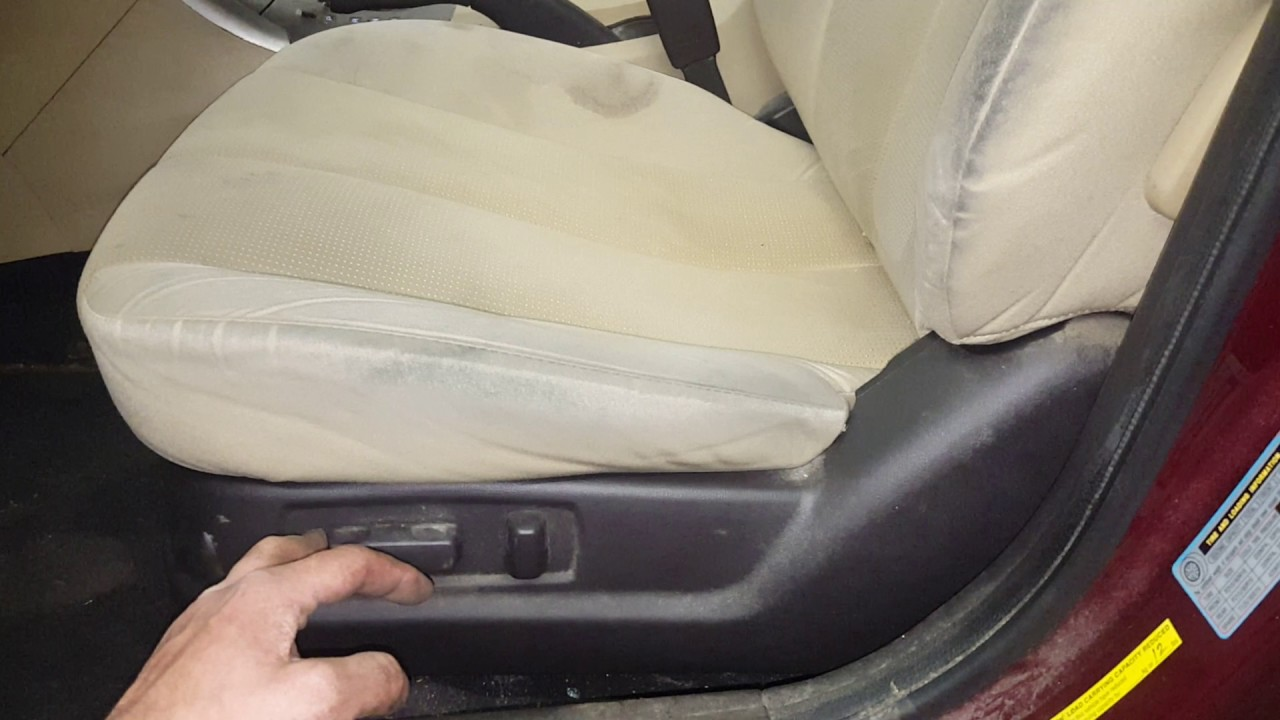 Hyundai Sonata: Front seat