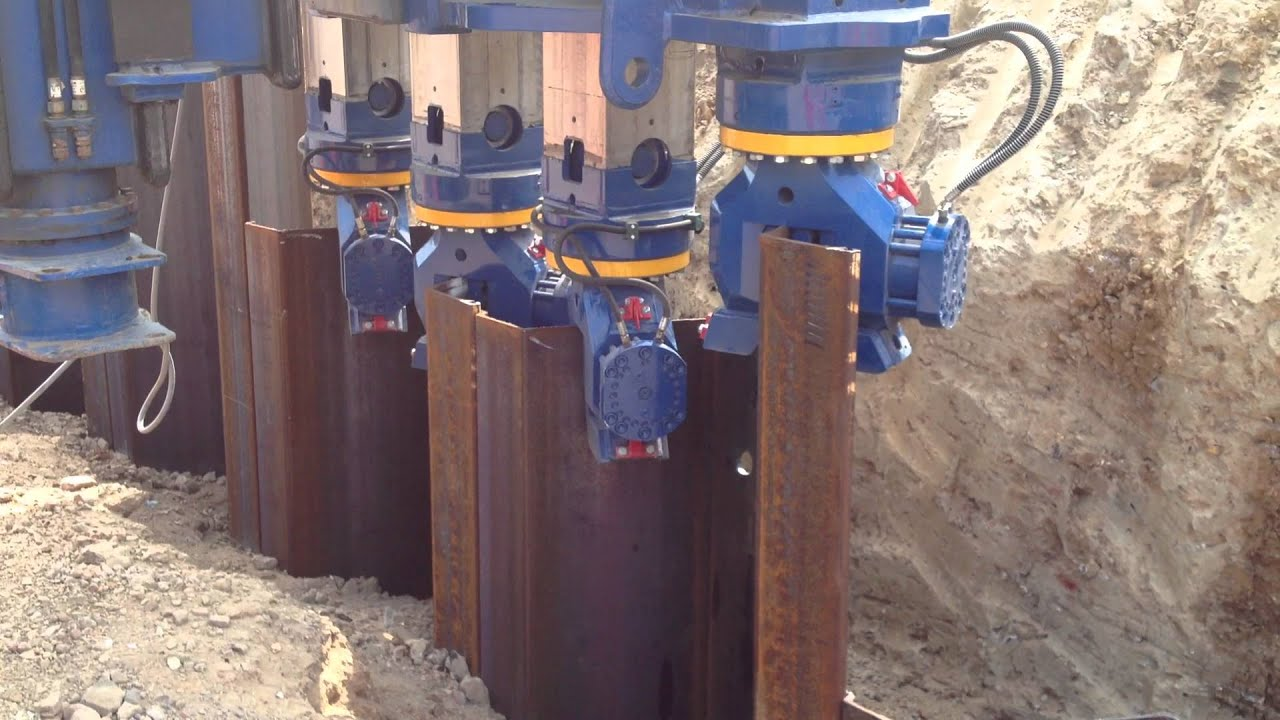 J N Piling Pressing Az 700 Piles Using Abi Hydropress
